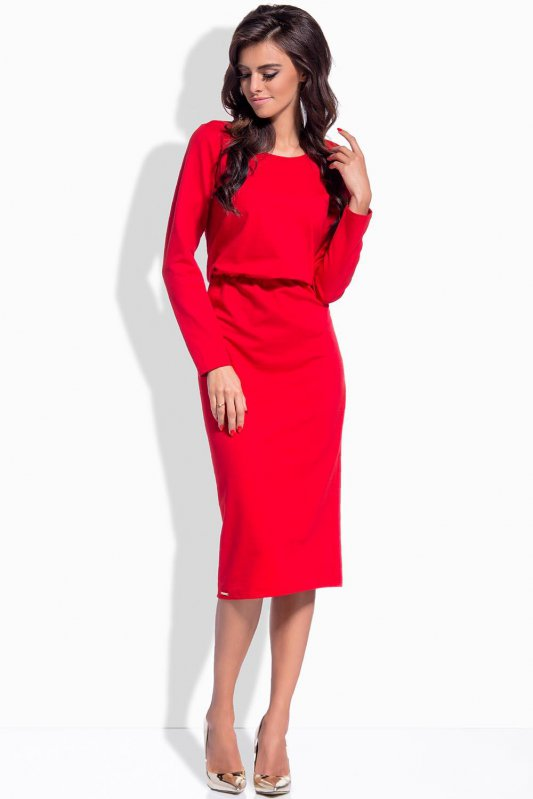 Úzké dámské šaty