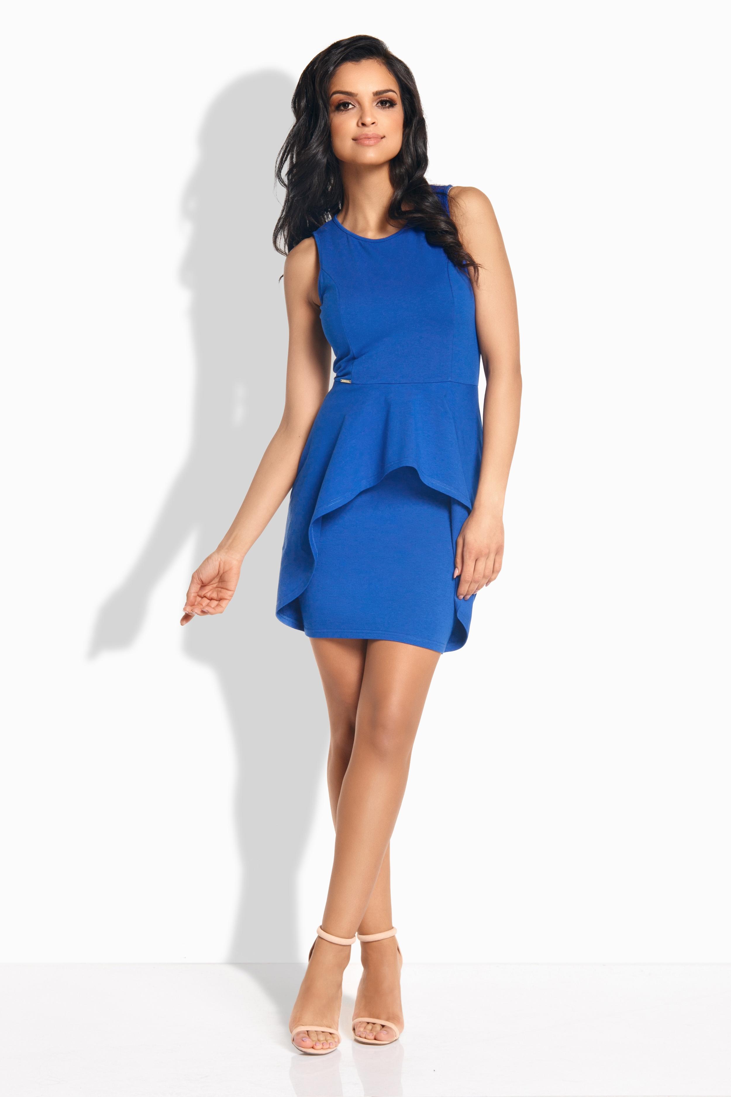 Šaty s volány na sukni